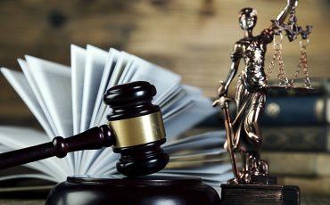 """עורך דין פלילי, עו""""ד יעקב שקלאר,פליליסט, ייעוץ משפטי"""