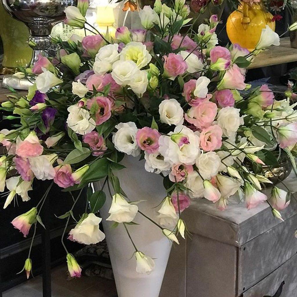 זר פרחים מעוצב מתנה