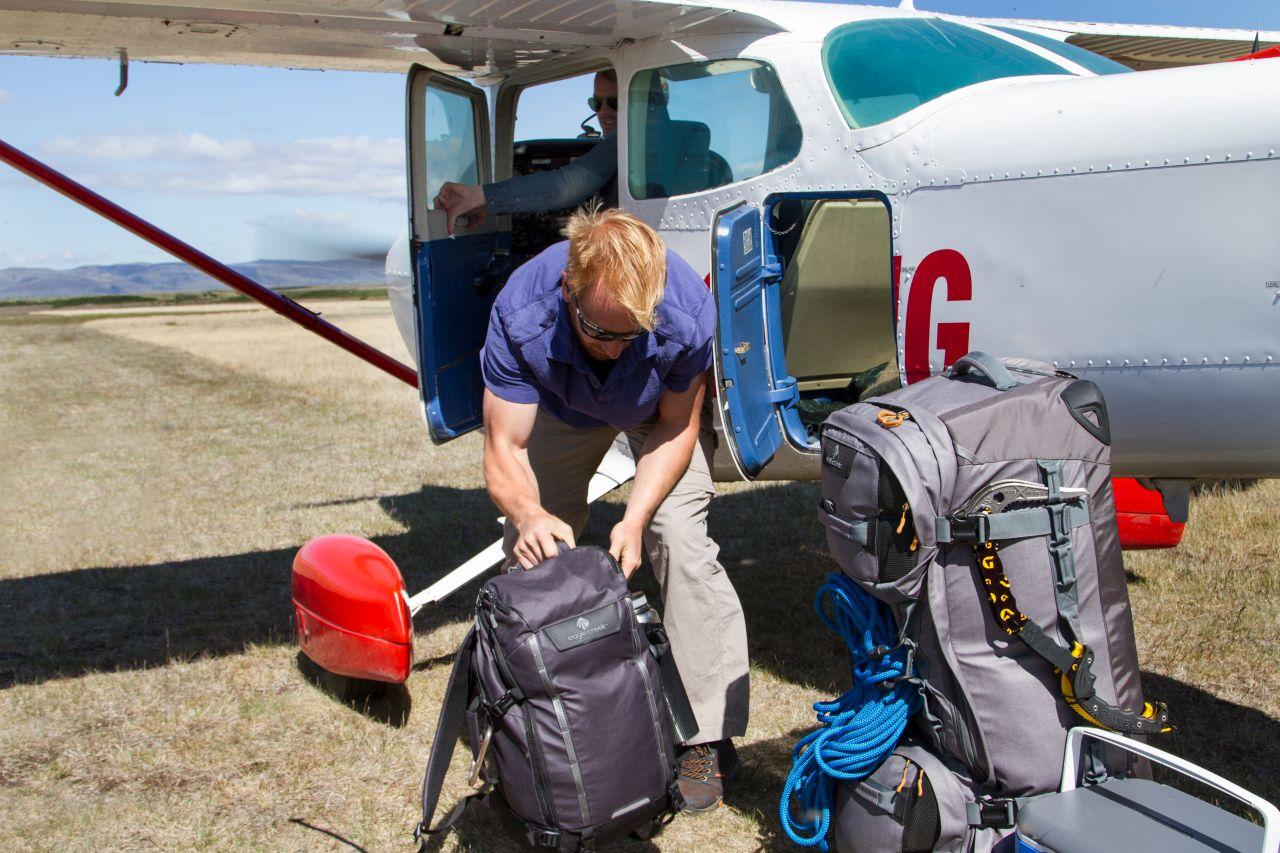 מזוודות ותיקים מבית איגל קריק Eagle Creek