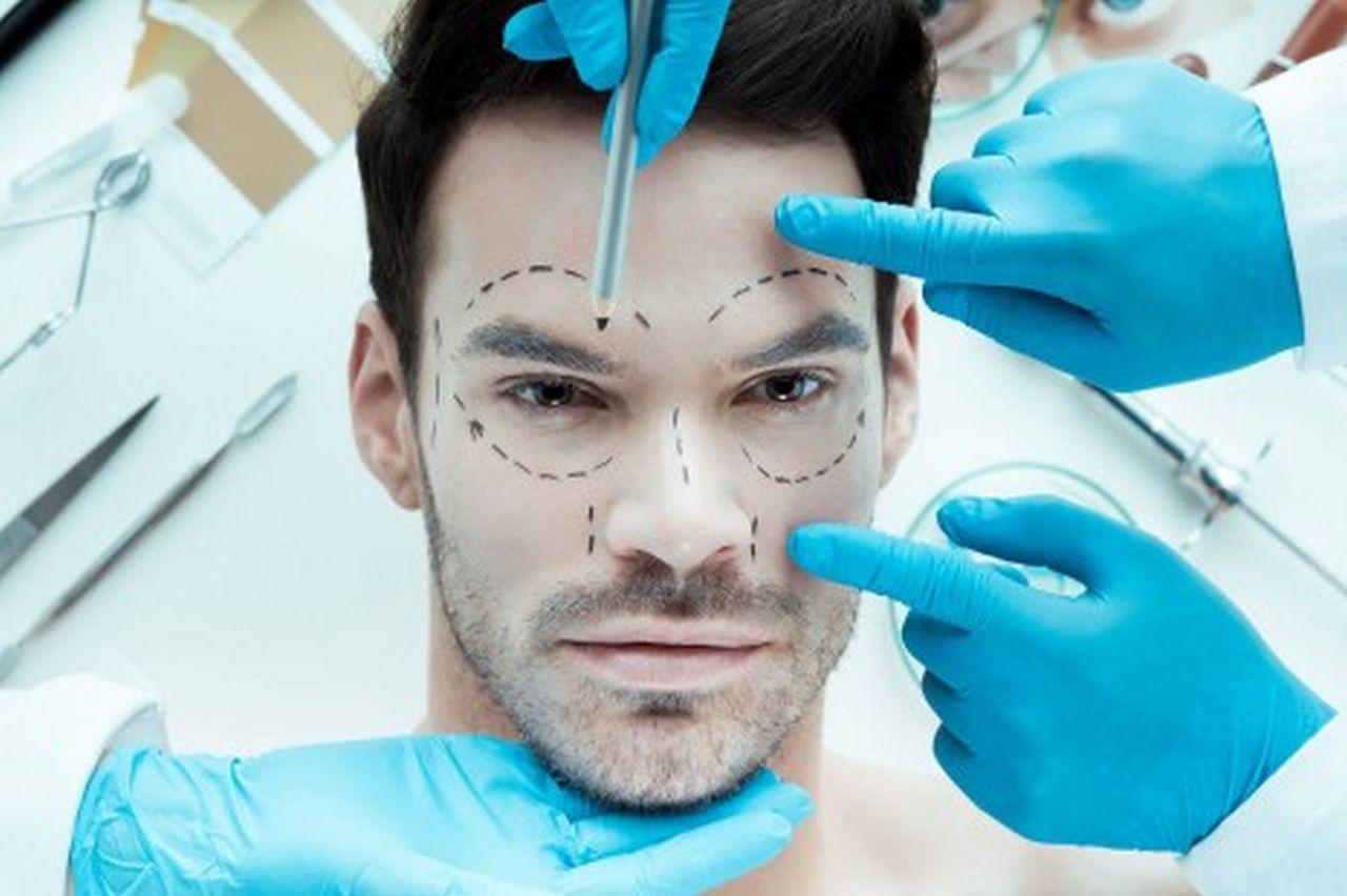 """ד""""ר רובינפור ניתוח מתיחת פנים לגברים"""