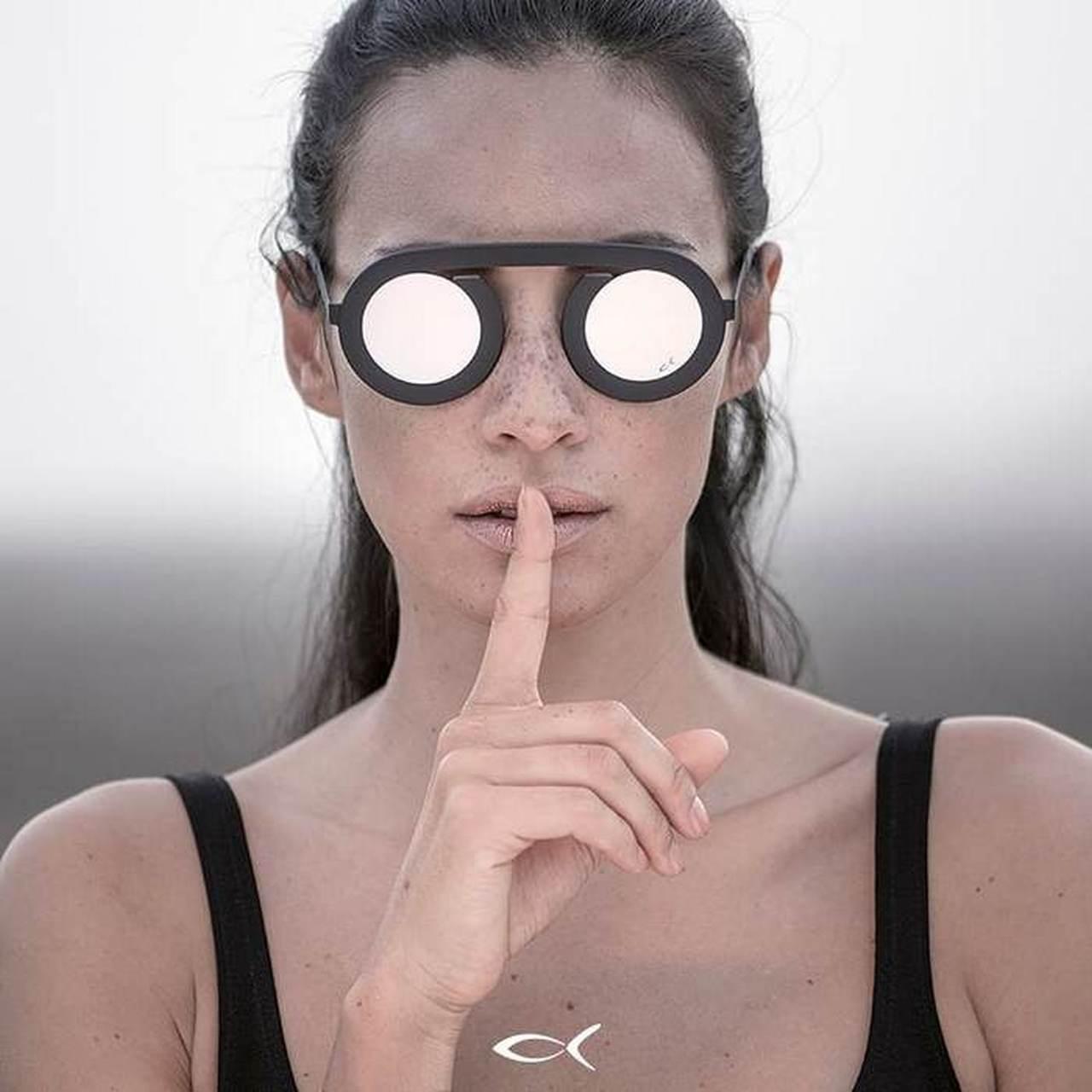 משקפי שמש בלק פין מעוצבים יוקרתיים